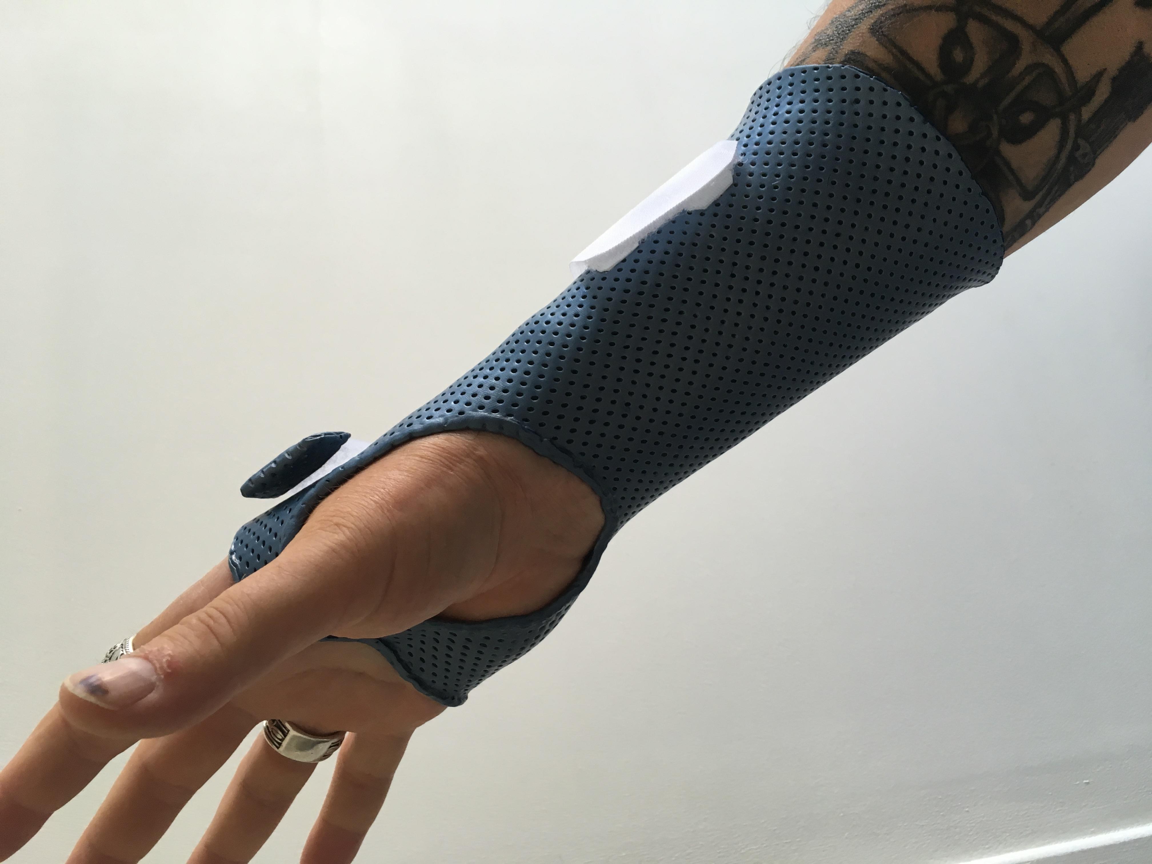 Orthèse de main  12